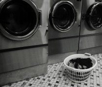 laundromat-1524270_640